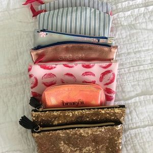 Lot of Eight Ispy Makeup Bags
